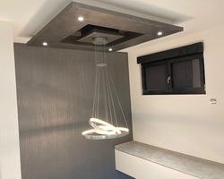 Décor chaux façon bambou - module placostyl plafond en peinture métallisée - Remiremont - Robin et fils